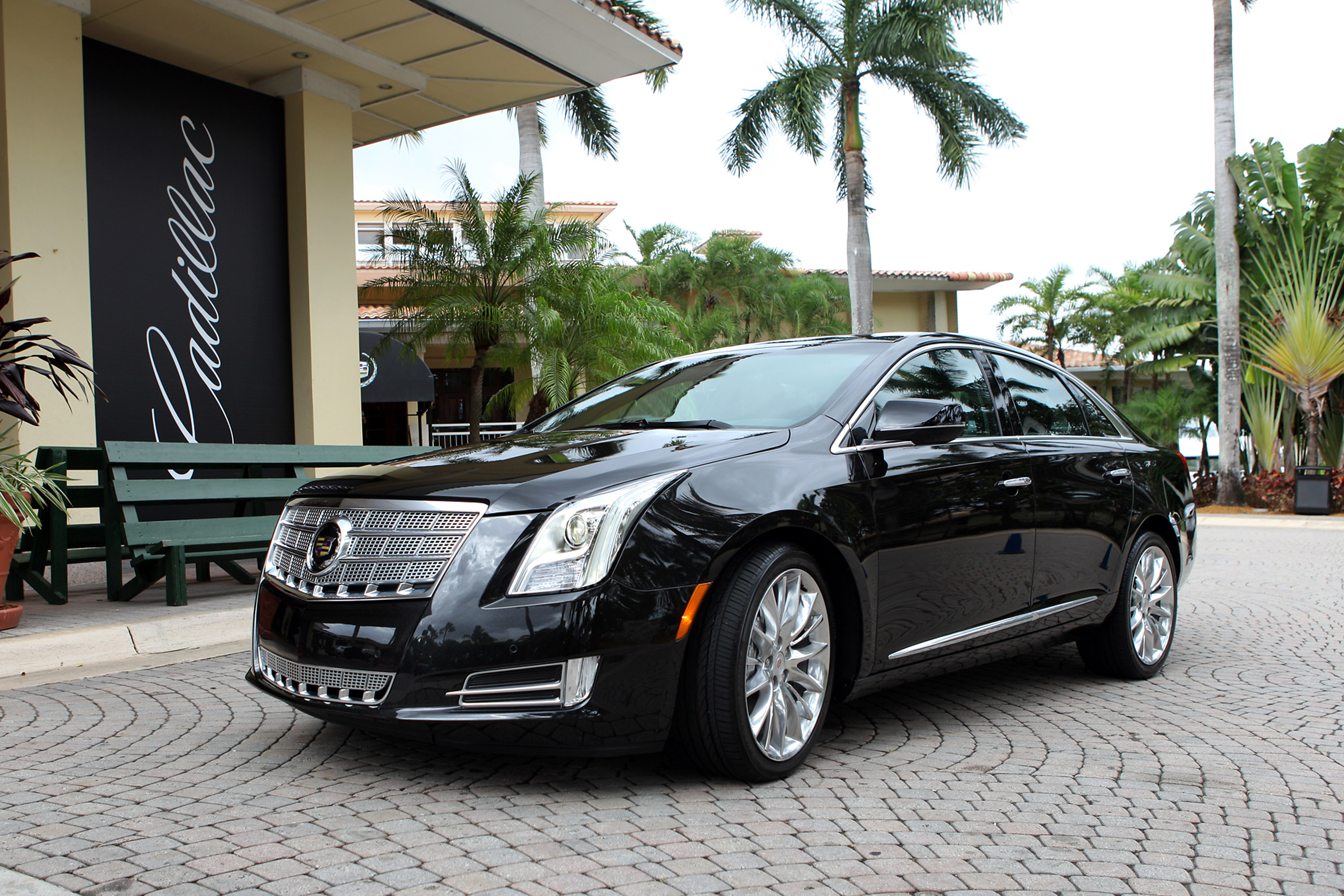 2013 Cadillac Xts Offers Country Club Credibility