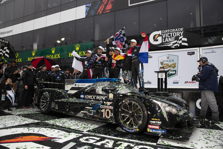 Cadillac Evening News >> Konica Minolta Cadillac Wins Rolex 24 At Daytona