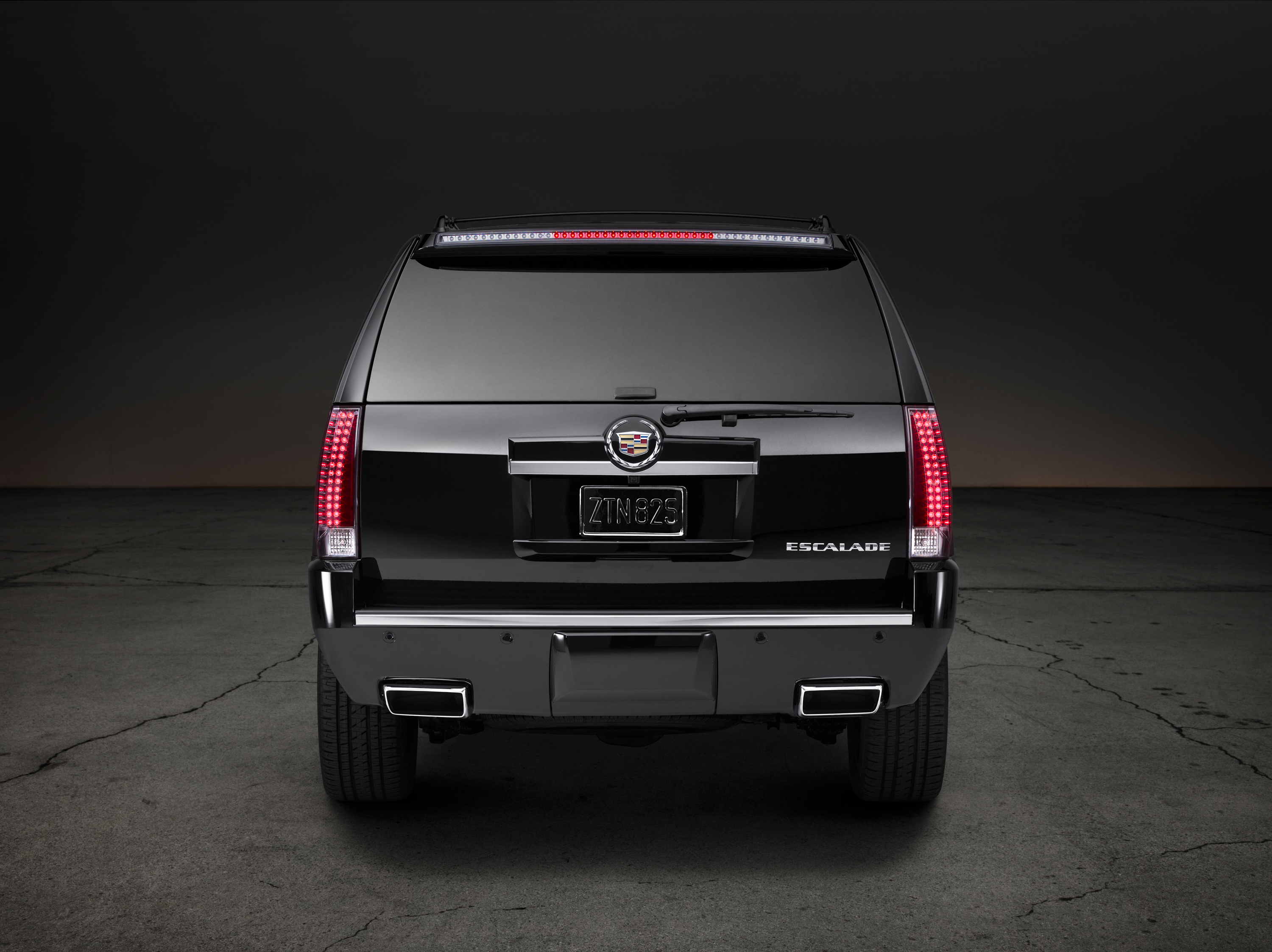 escalade premium info wiki blog cadillac gm authority ext pictures