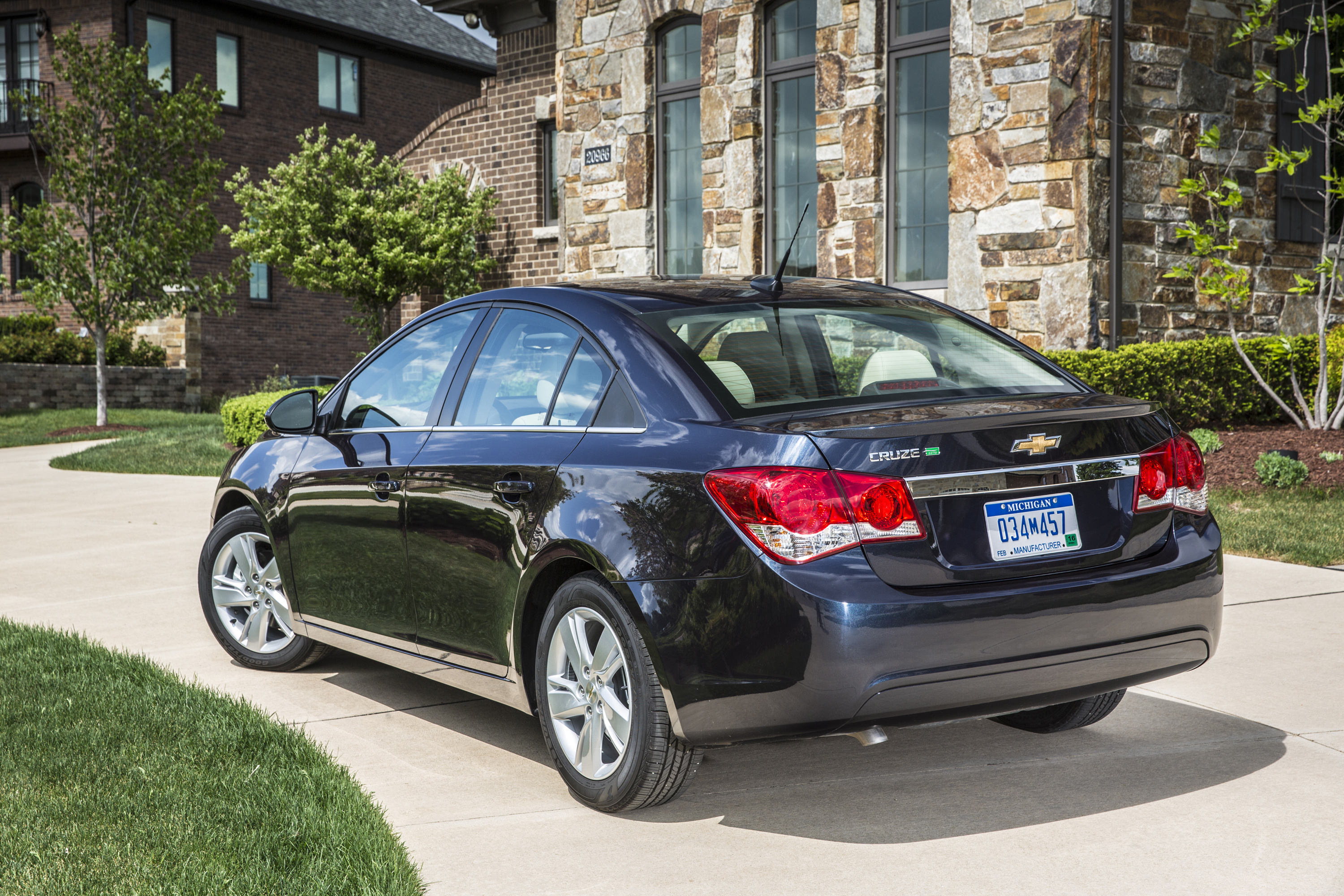 chevrolet td recalls dealers gm for selling cruze some money cruzes chevy xxx axle stop story problem cars