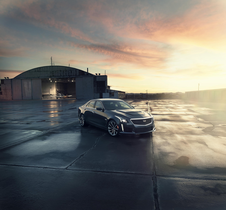 2016 Cadillac Cts V Hits 200 Mph With 640 Hp