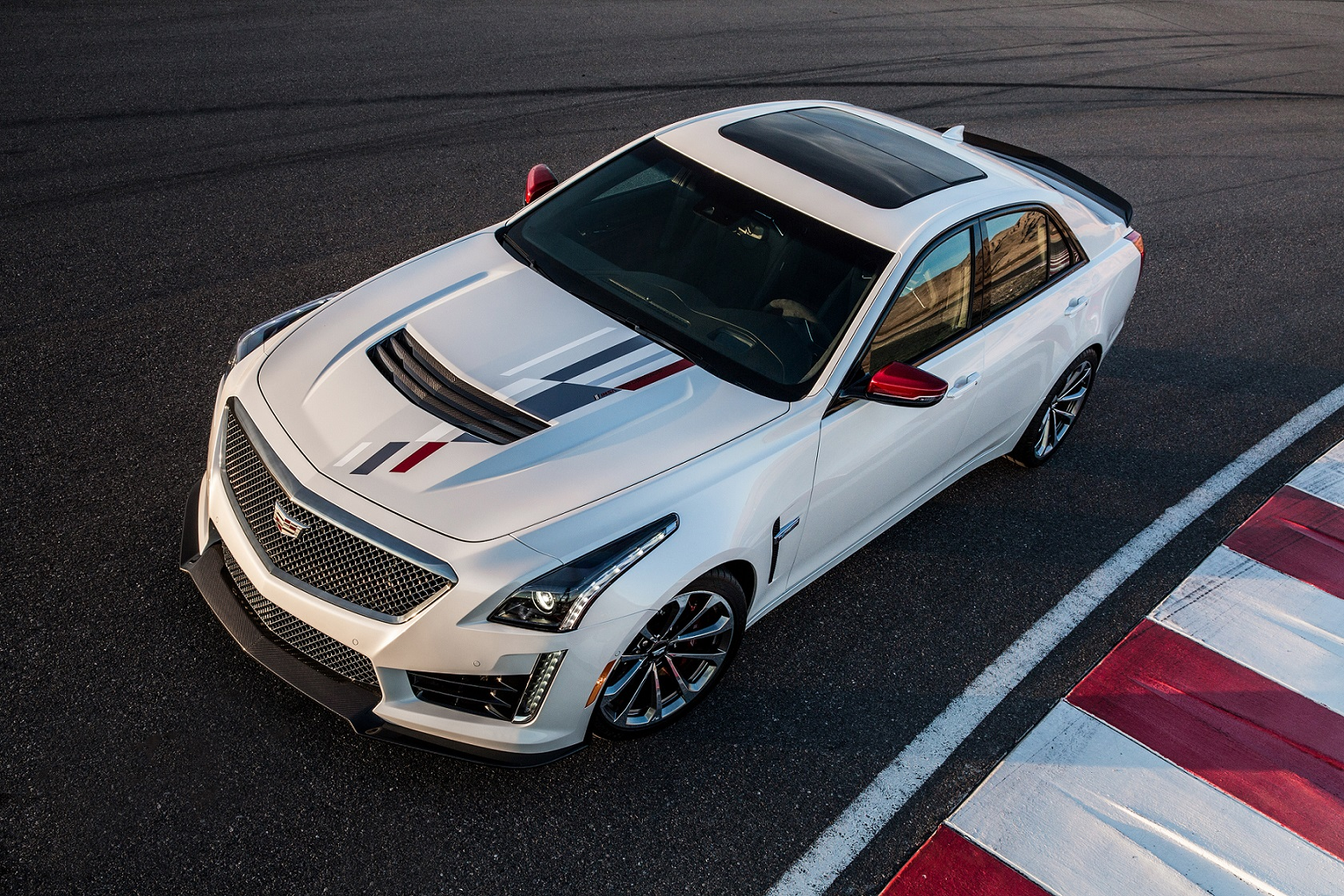 Cadillac V Series >> Cadillac Introduces Exclusive V Series Championship Edition To